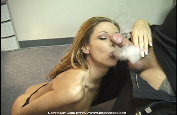 Fetish Girls blowjobs smoking cigarette